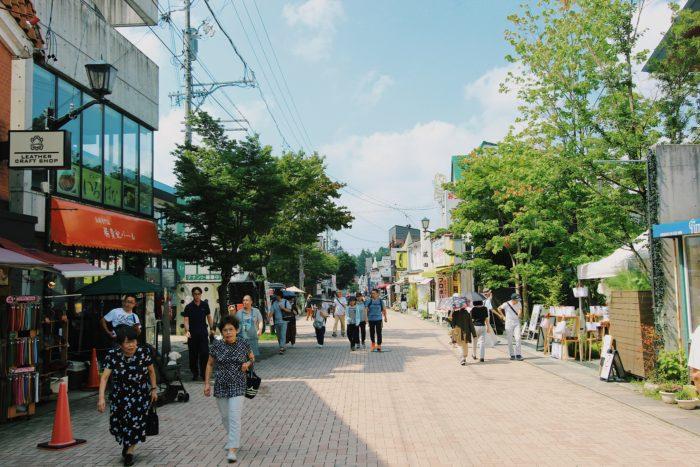 旧軽井沢銀座の街並み